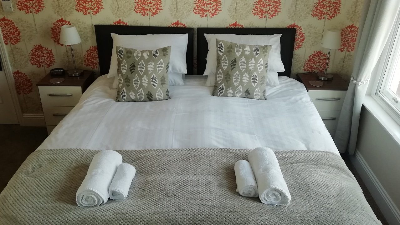 Photograph of Room 5 Super-king room bed